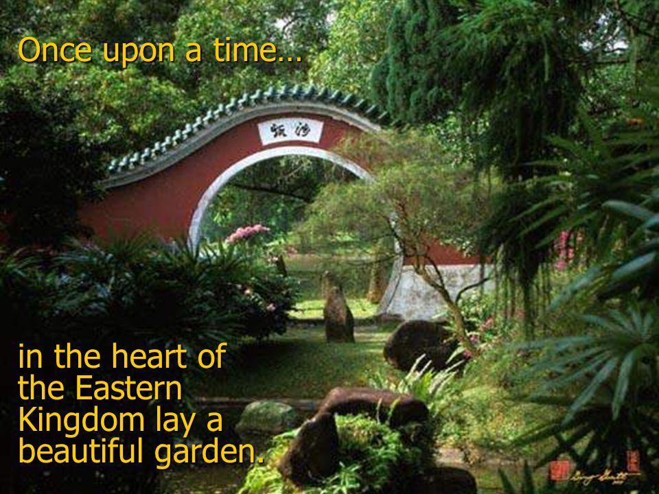 The garden grew still.Wind held his breath.
