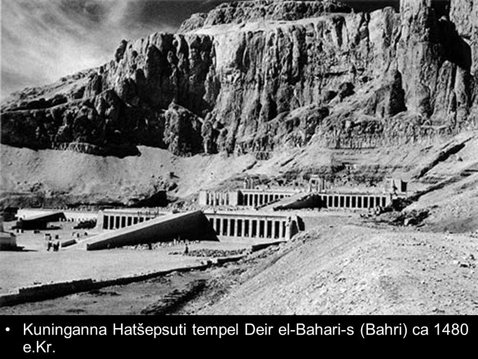 Kuninganna Hatšepsuti tempel Deir el-Bahari-s (Bahri) ca 1480 e.Kr.