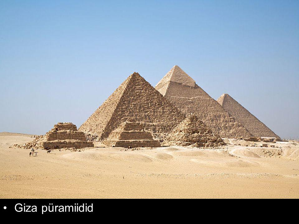 Giza püramiidid