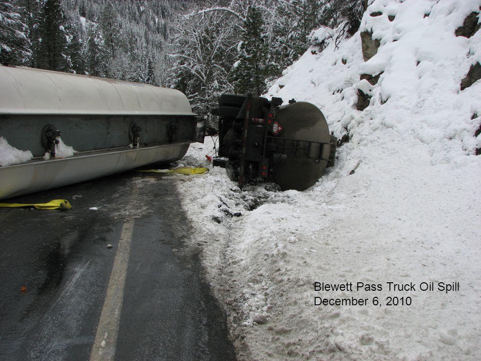 Blewett Pass Truck Oil Spill December 6, 2010