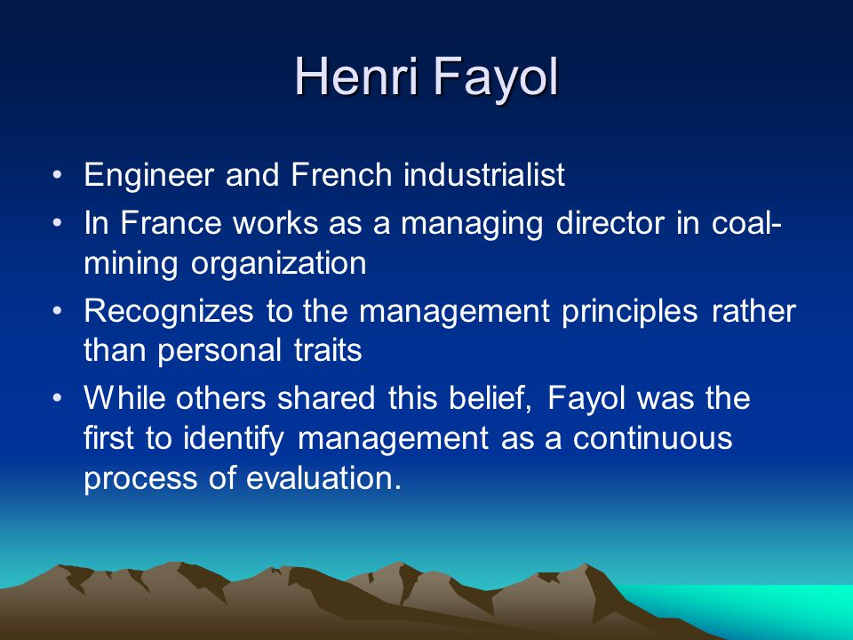 Fayol's 5 Management Functions Fundamental roles performed by all managers: Planning Organizing Commanding Coordinating Controlling Additionally Fayol recognizes fourteen principles that should guide the management of organizations.
