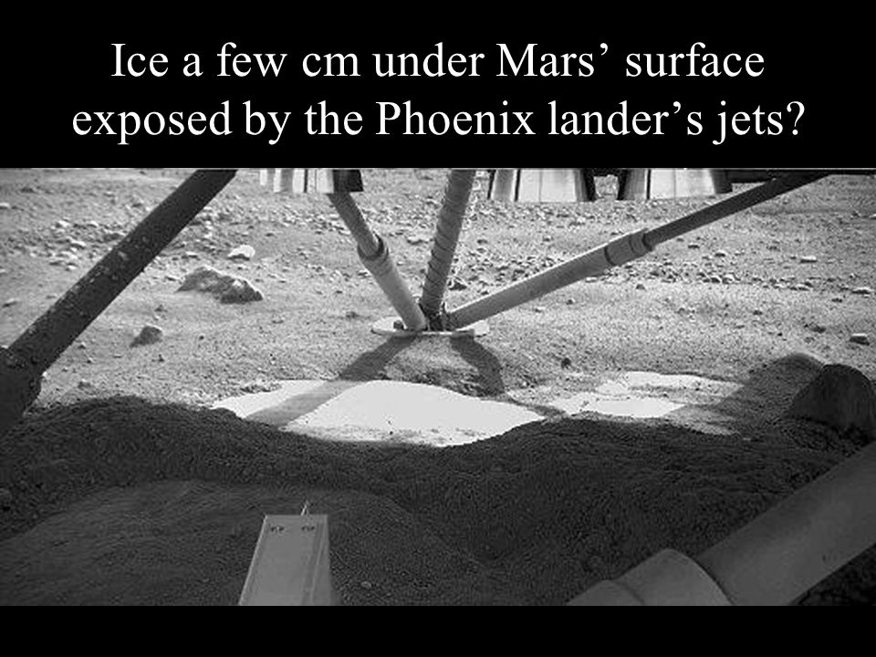 Ice a few cm under Mars' surface exposed by the Phoenix lander's jets
