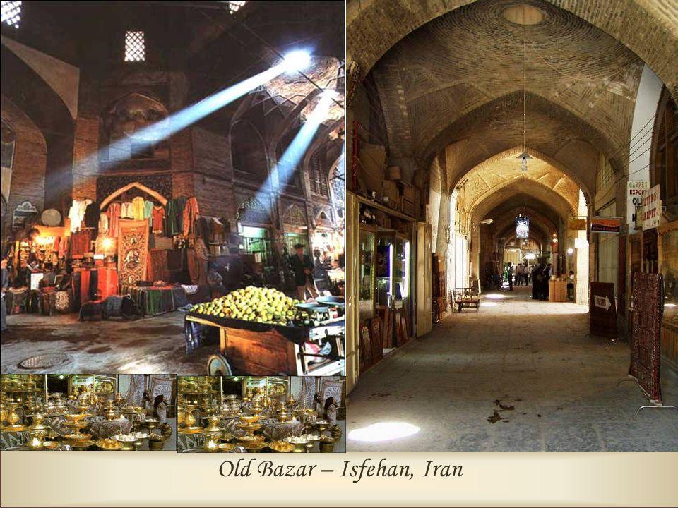 Old Bazar – Isfehan, Iran