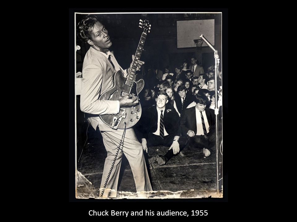 Chuck Berry and his audience, 1955