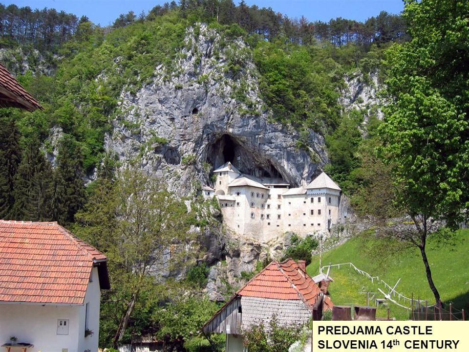PIERREFOND CASTLE OISE FRANCE 12 th CENTURY