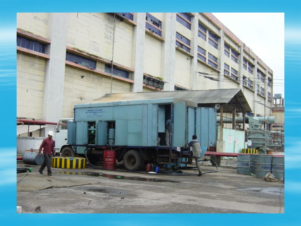 Break vacuum over oil by N 2 / dry air Oil toppling up oil circulation Oil testing at site for BDV >_ 60 kV moisture content <- 10 ppm