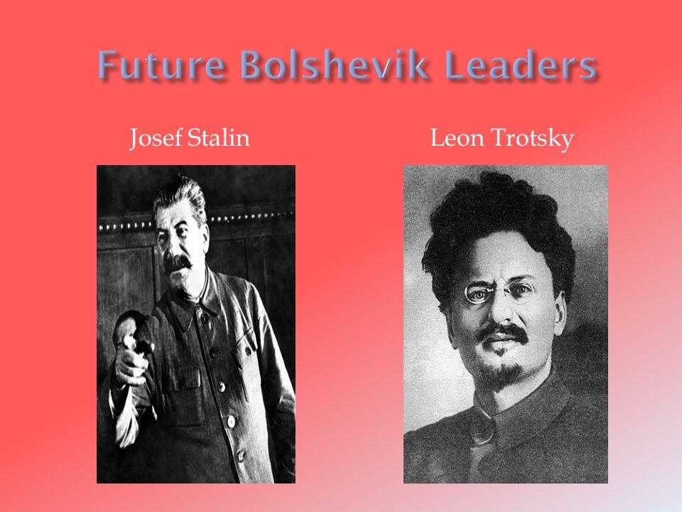 Josef StalinLeon Trotsky