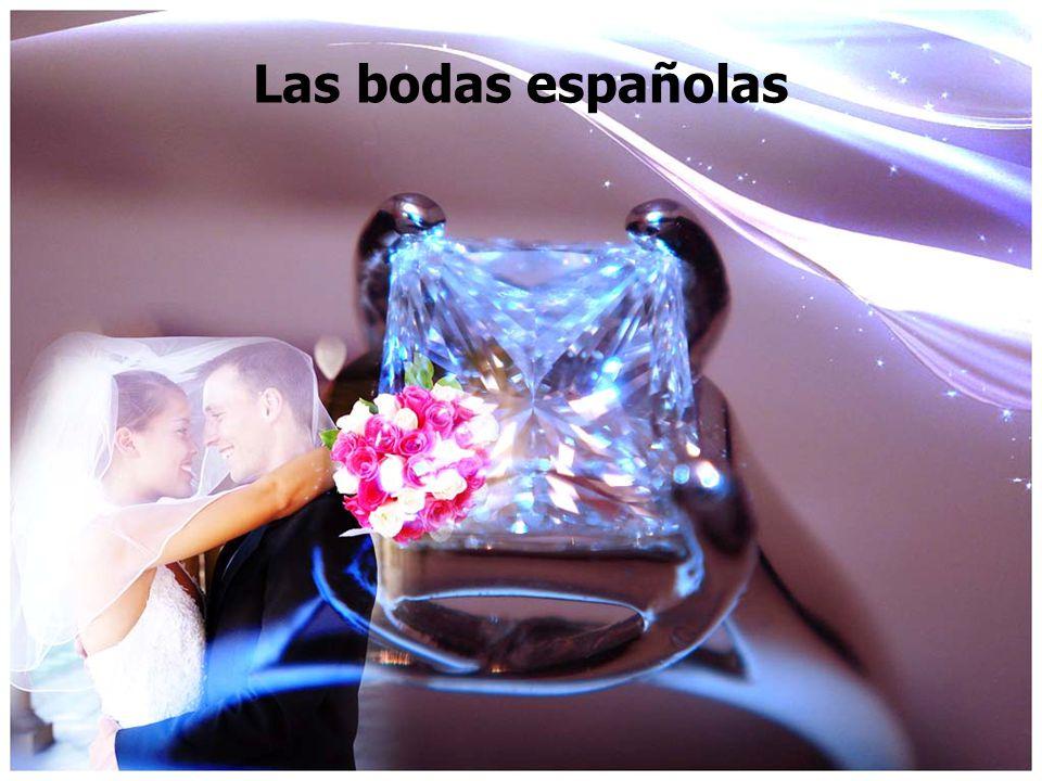 La propuesta de boda El novio has to ask the padre of the la novia first.