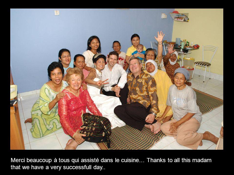 Merci beaucoup à tous qui assisté dans le cuisine… Thanks to all this madam that we have a very successfull day..
