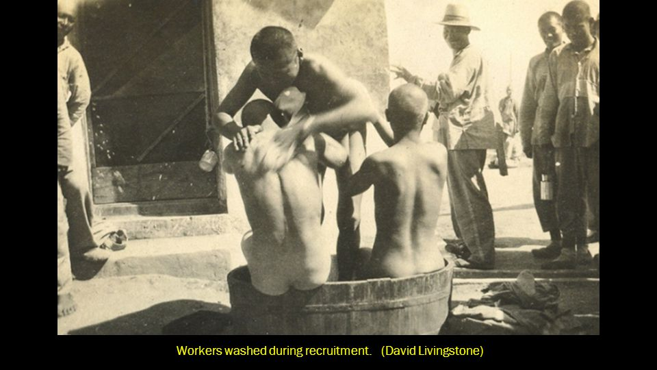 Workers washed during recruitment in Weihai, Shandong. (David Livingstone)