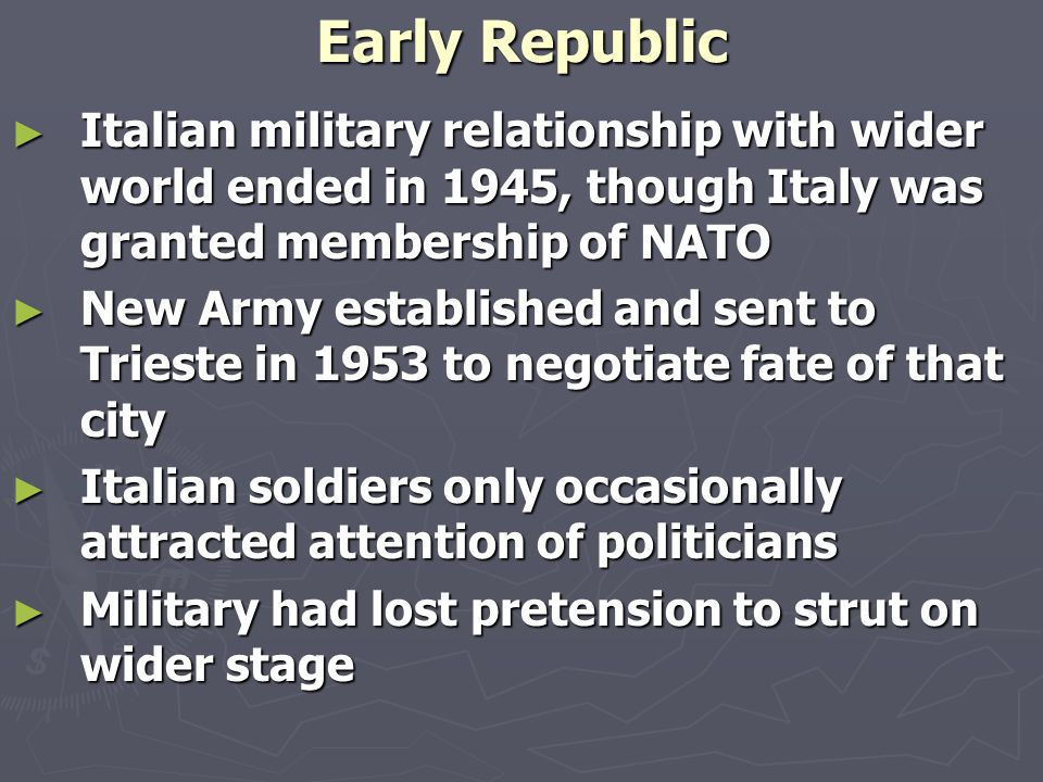 Fascist War and social classes ► ► Italian society still nourished pre-1922 beliefs ► ► Middle class sought to save its sons from military service in war ► ► Proletariat rediscovered sense of self in 1943 strikes ► ► Intellectuals began to doubt Mussolini's charisma ► ► Peasantry, still the most likely to fight and die in war, dreamt of family, village and America ► ► Rome's population sought hope and confort from Pope after 1943 bombings