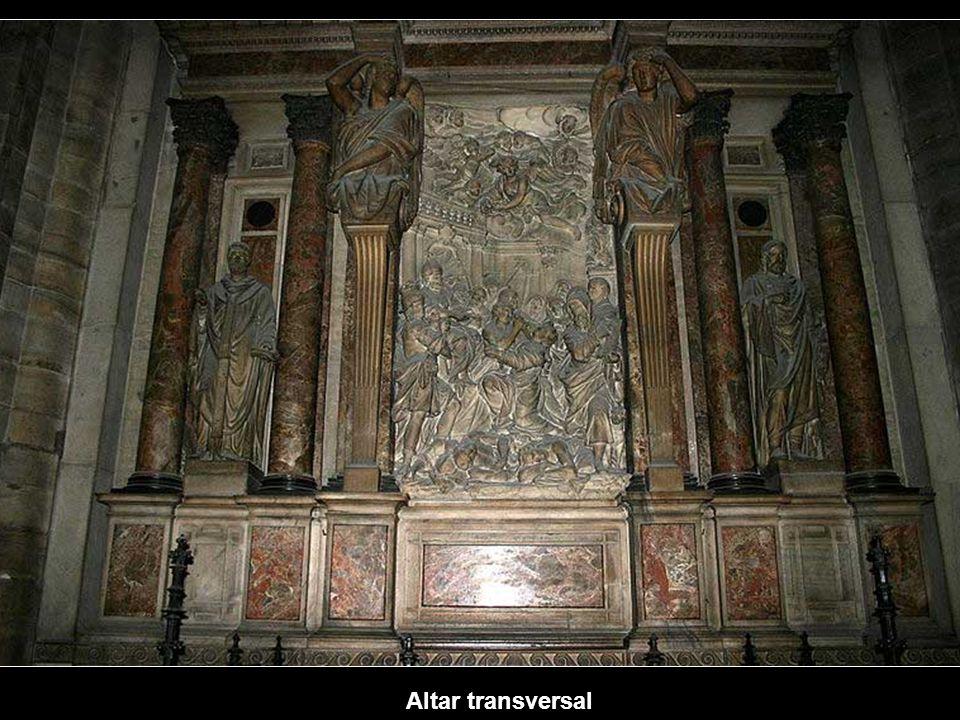 The transept Left