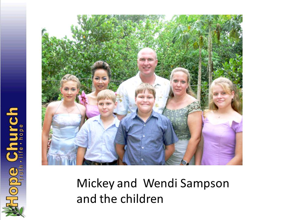 Mickey and Wendi Sampson and the children