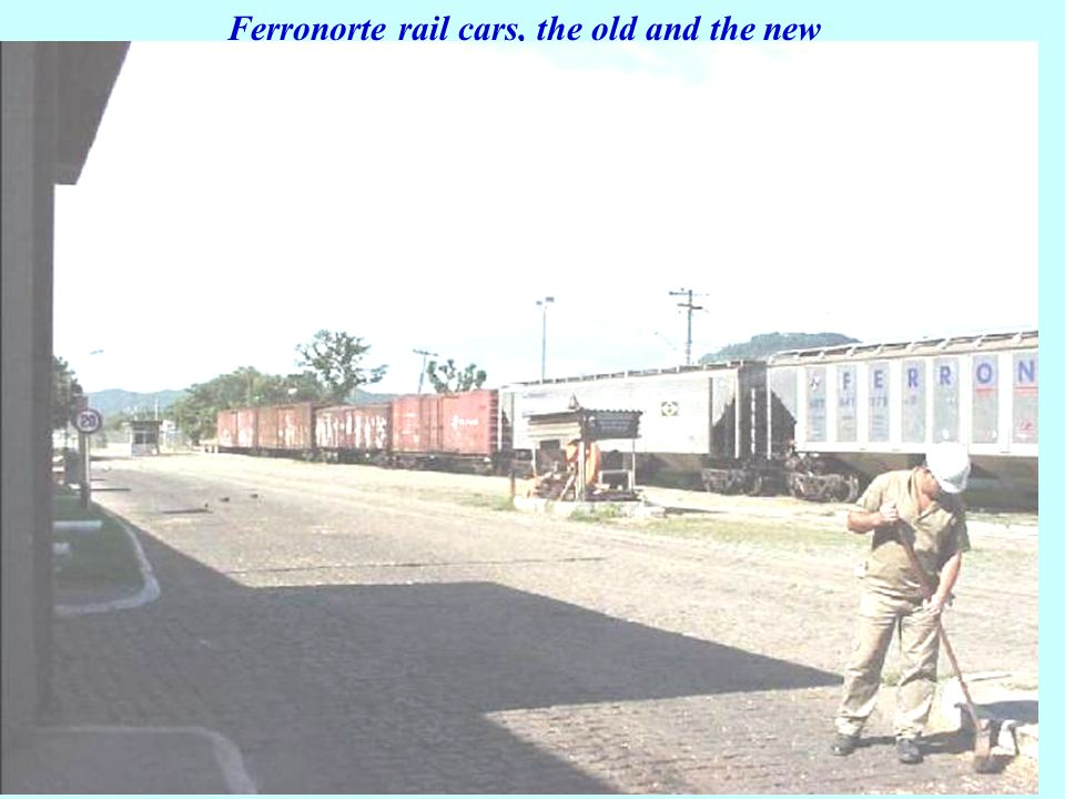 Ferronorte rail cars, the old and the new
