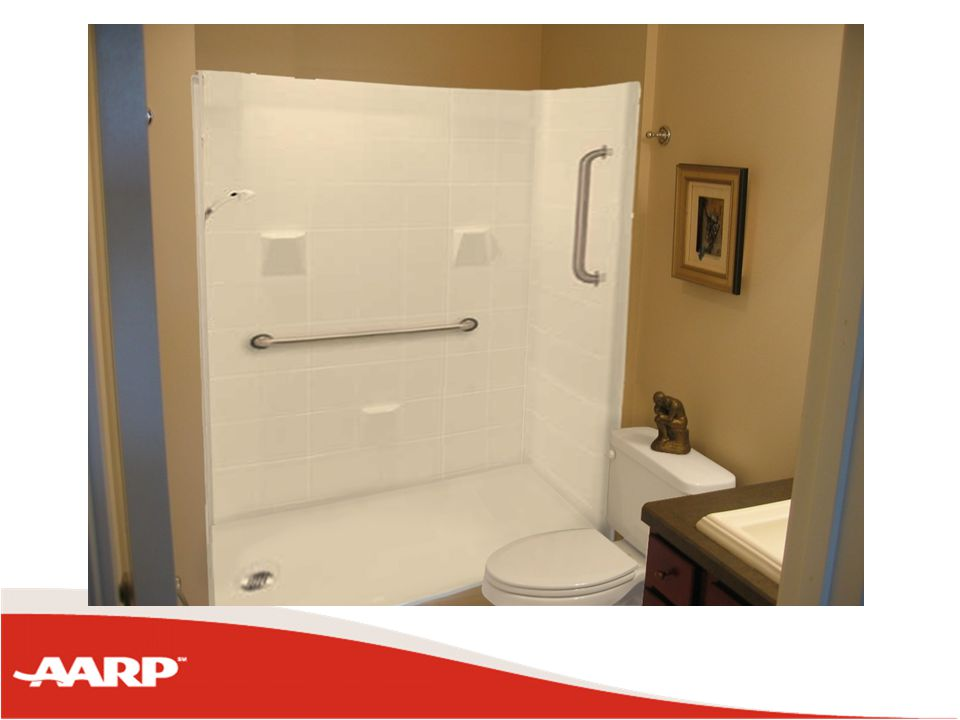 Can you get maneuvering space in traditional bathroom