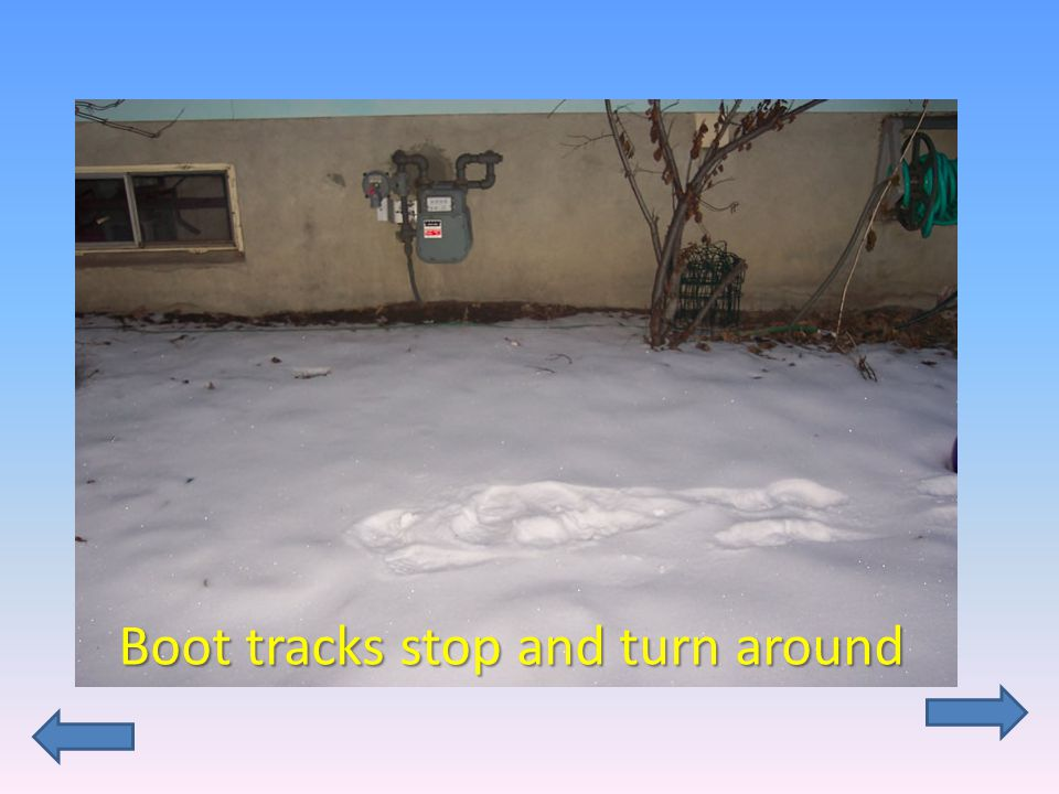 Boot tracks stop and turn around