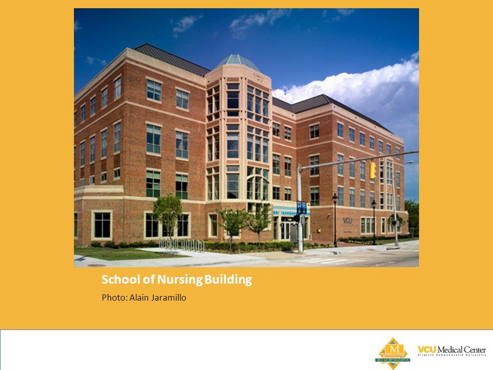 School of Nursing Building Photo: Alain Jaramillo