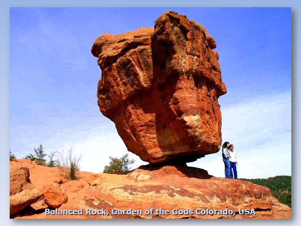 Balanced Rock, Garden of the Gods Colorado, USA PUBLIC