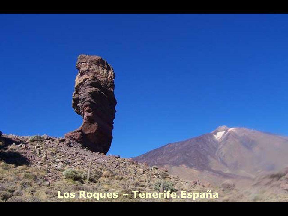 Los Roques – Tenerife.España