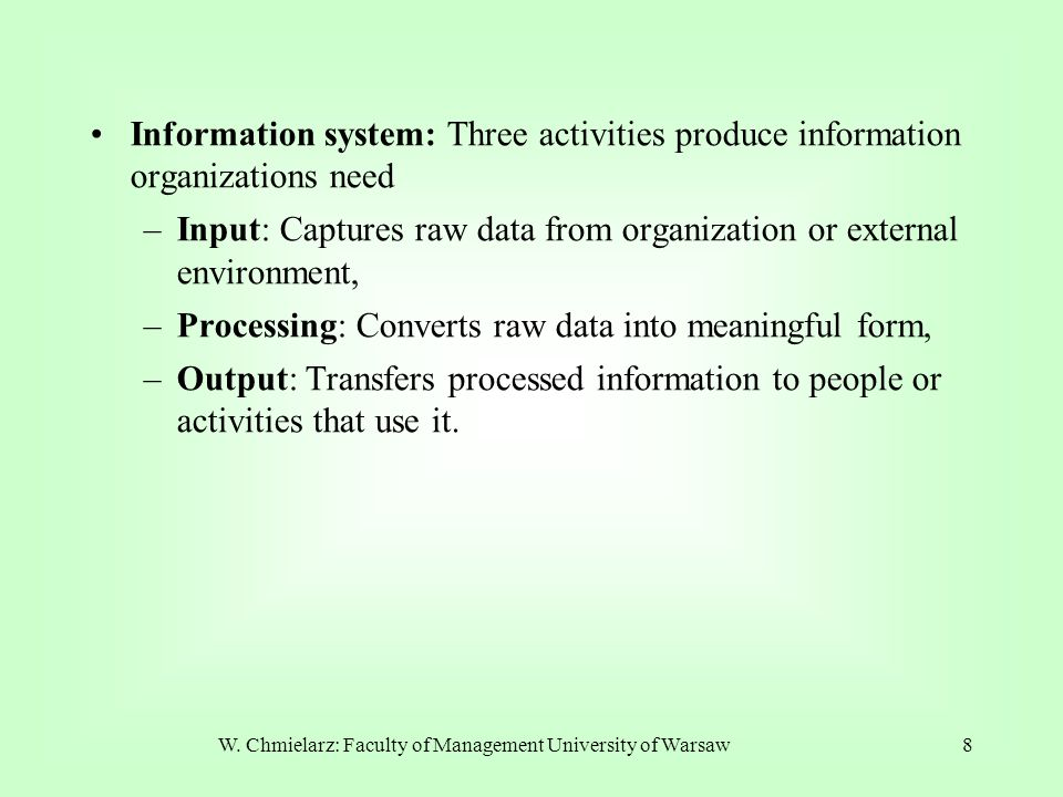 139 INTEGRATION ES & DSS The system has links not only with management systems but - directly - with date and model bases, too.