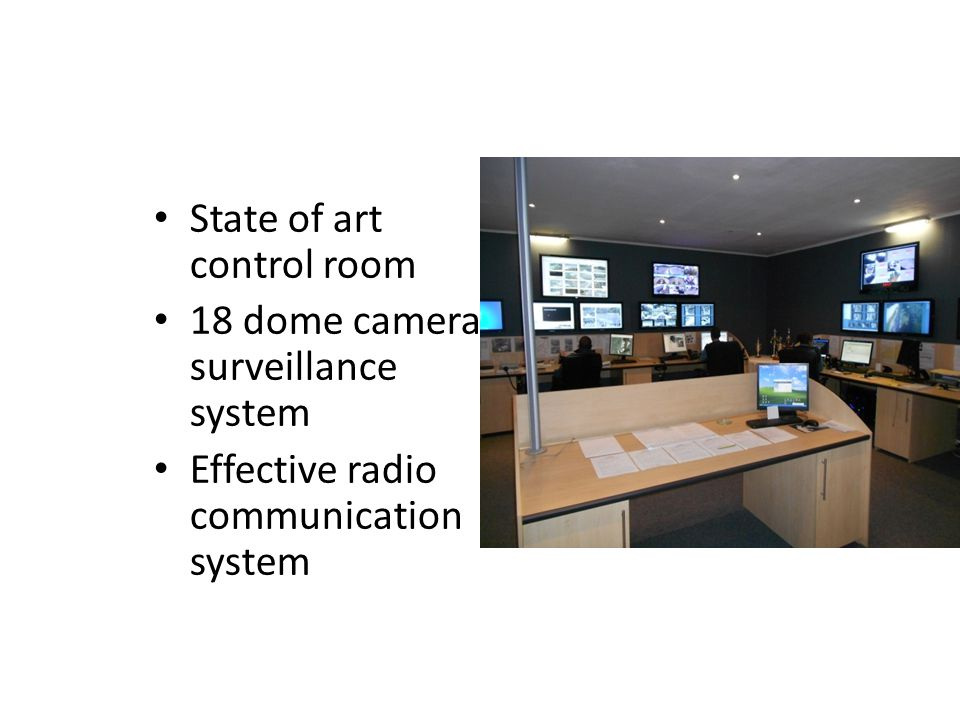 State of art control room 18 dome camera surveillance system Effective radio communication system
