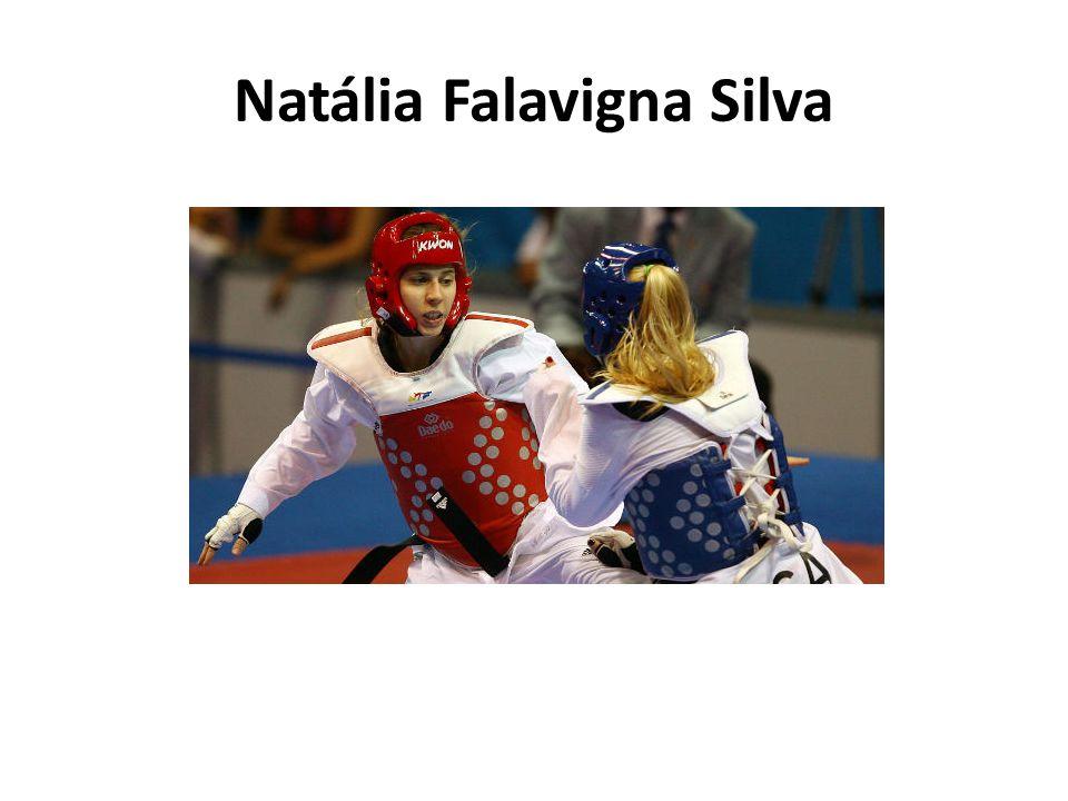 Natália Falavigna Silva