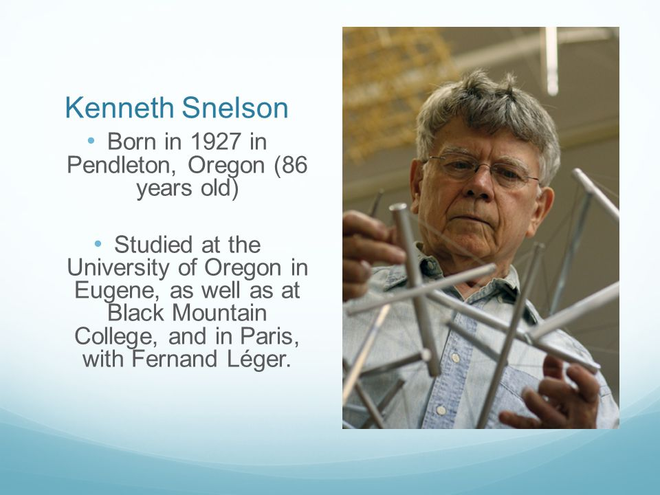 Snelson's work is what he likes to call floating compression.