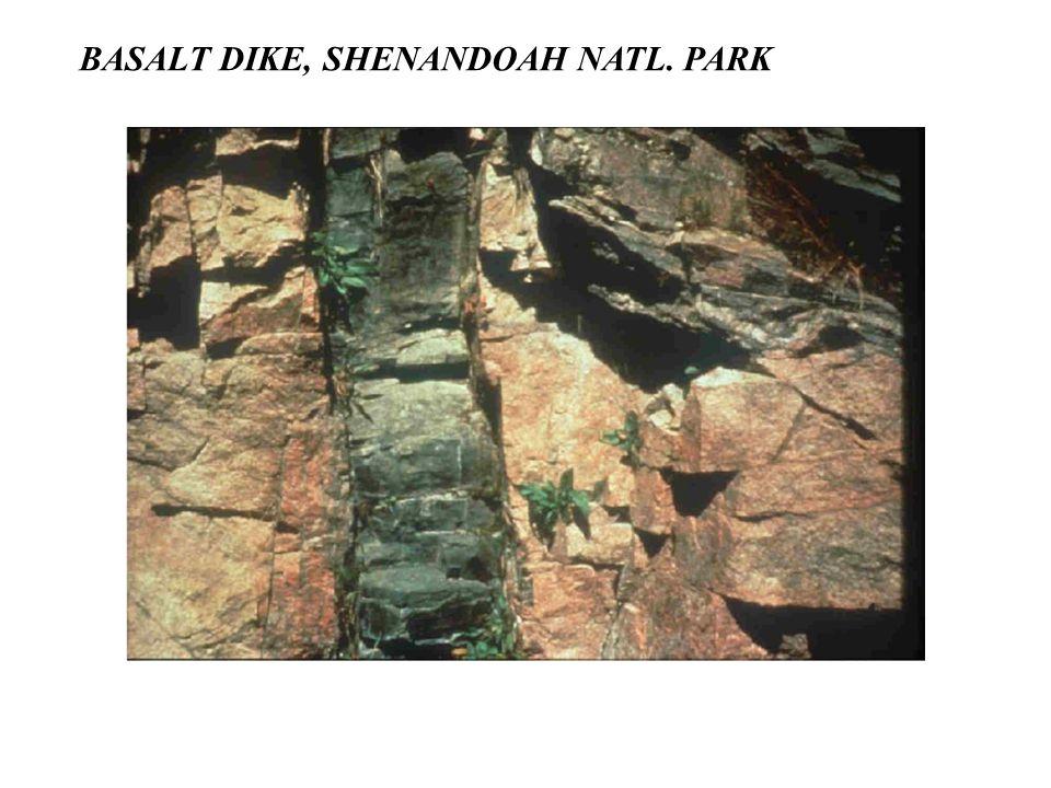 BASALT DIKE, SHENANDOAH NATL. PARK