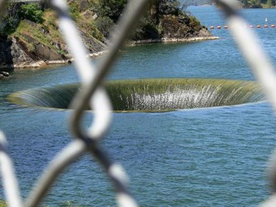This is the glory hole belonging to Monticello Dam in California and it s the largest in the world, its size enabling it to consume 14,400 cubic feet of water every second.