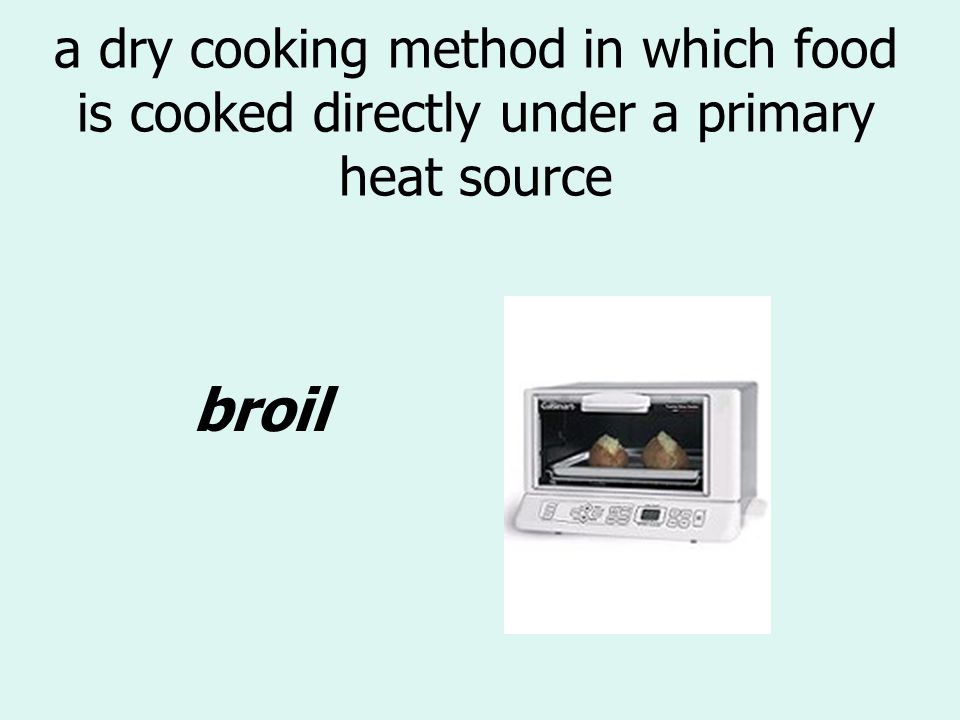to cook in a small amount of simmering liquid poach