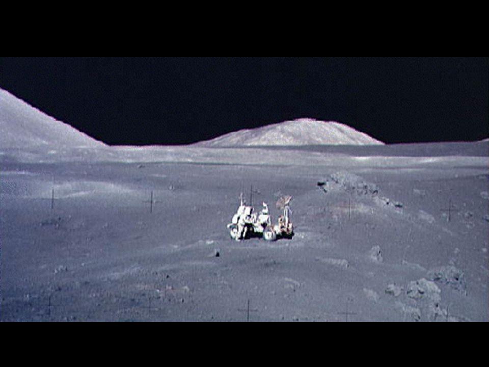 Apollo 15 on moon1