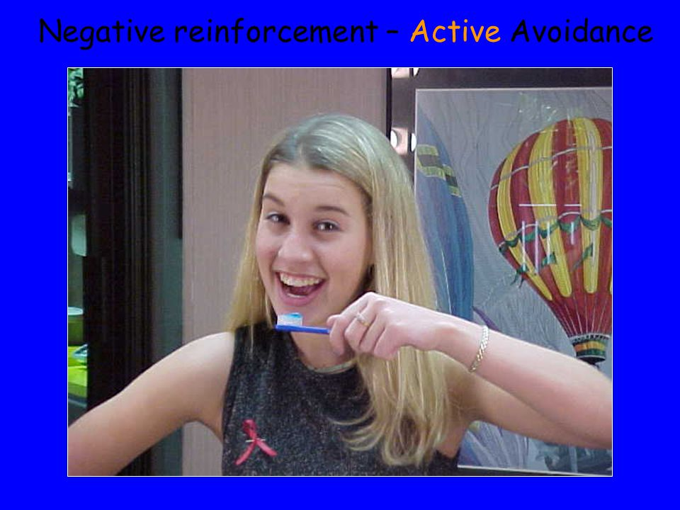 Negative reinforcement – Active Avoidance