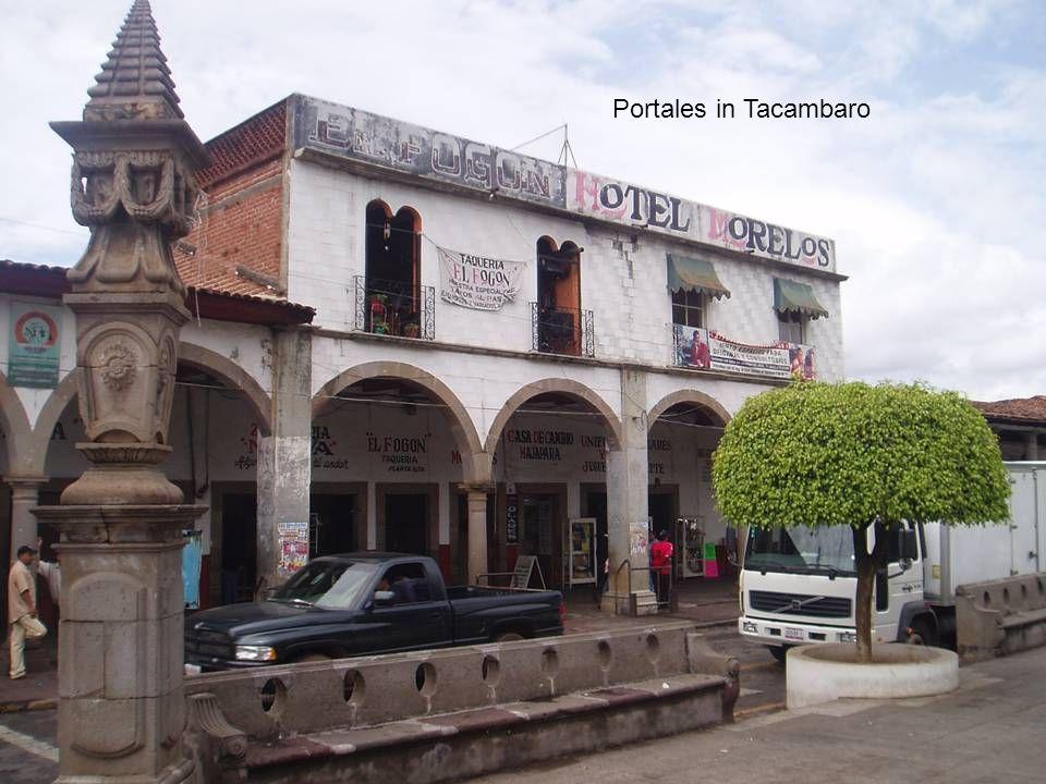 Portales in Tacambaro
