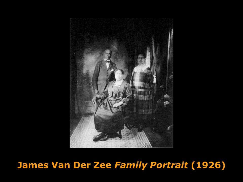 James Van Der Zee Family Portrait (1926)