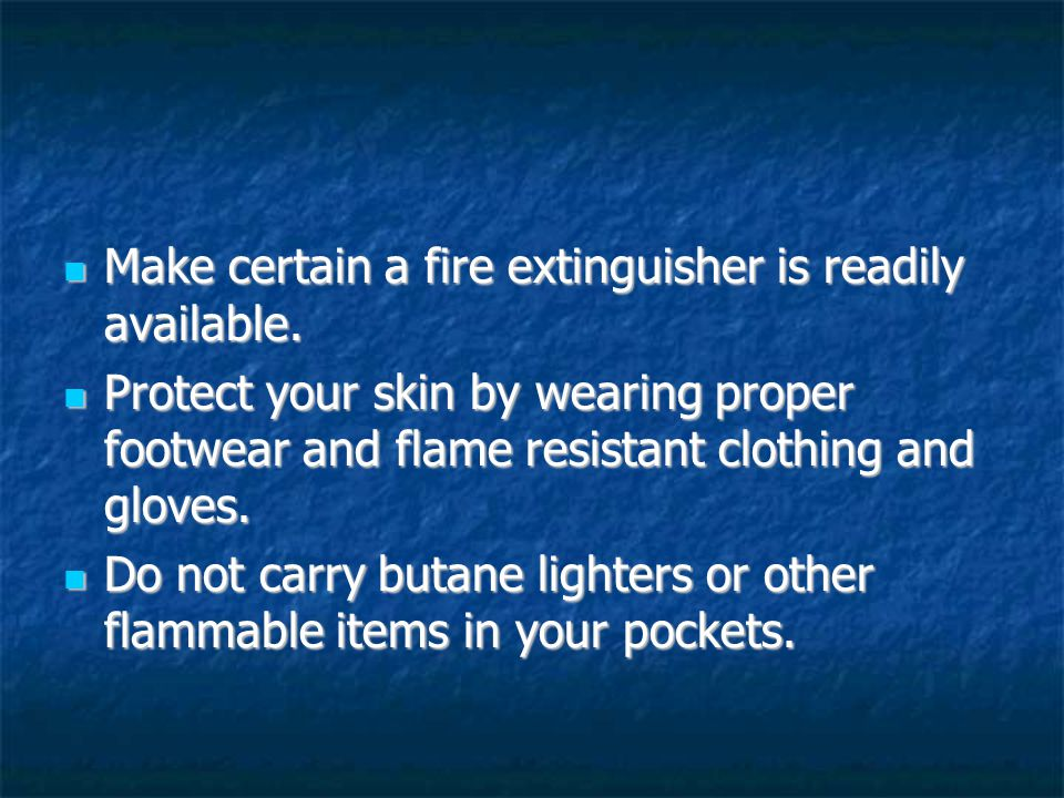 Use only the proper striker to light the torch.Butane or other lighters should not be used.