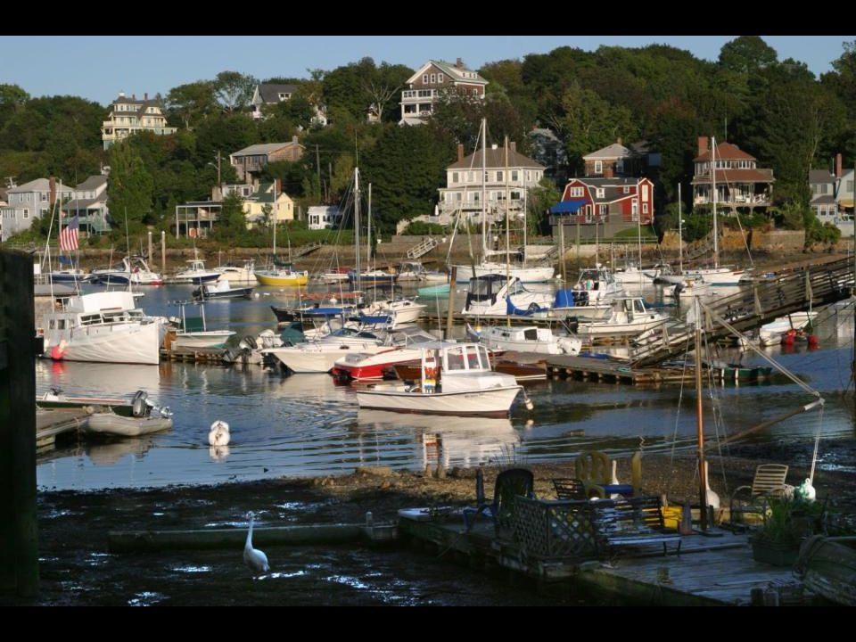 Gloucester, Massachusetts, in a low tide from the artists' colony