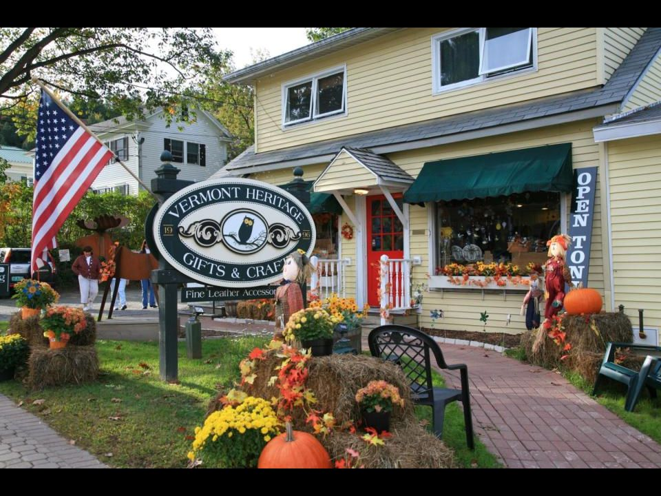 Fall Foliage tourism season in Vermont