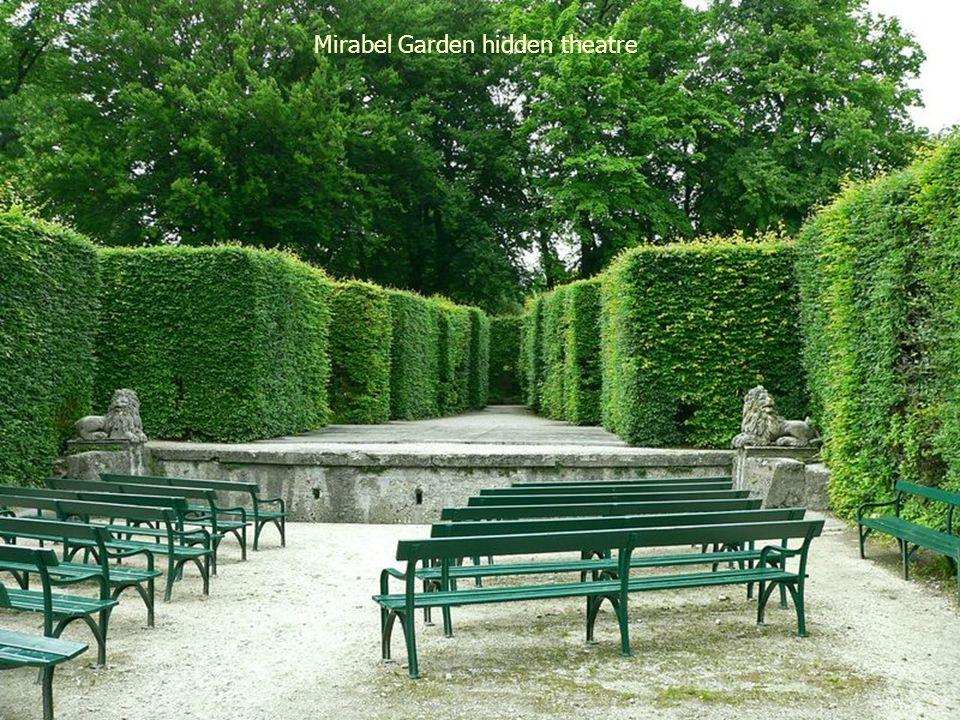 Mirabel Garden & view of the castle