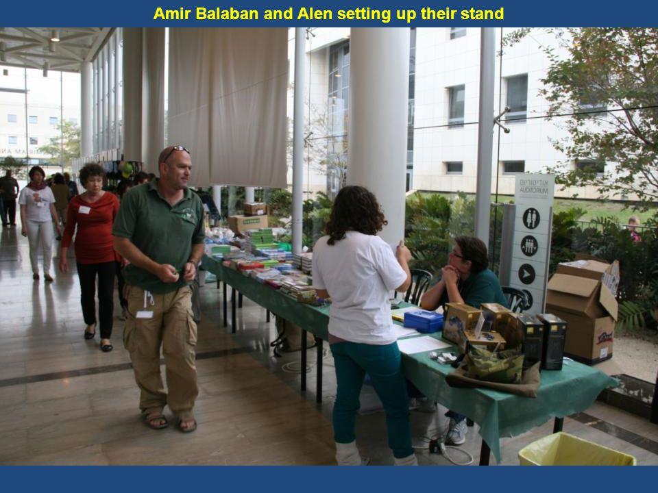 Reut Assor organizes all the lecturers' presentations
