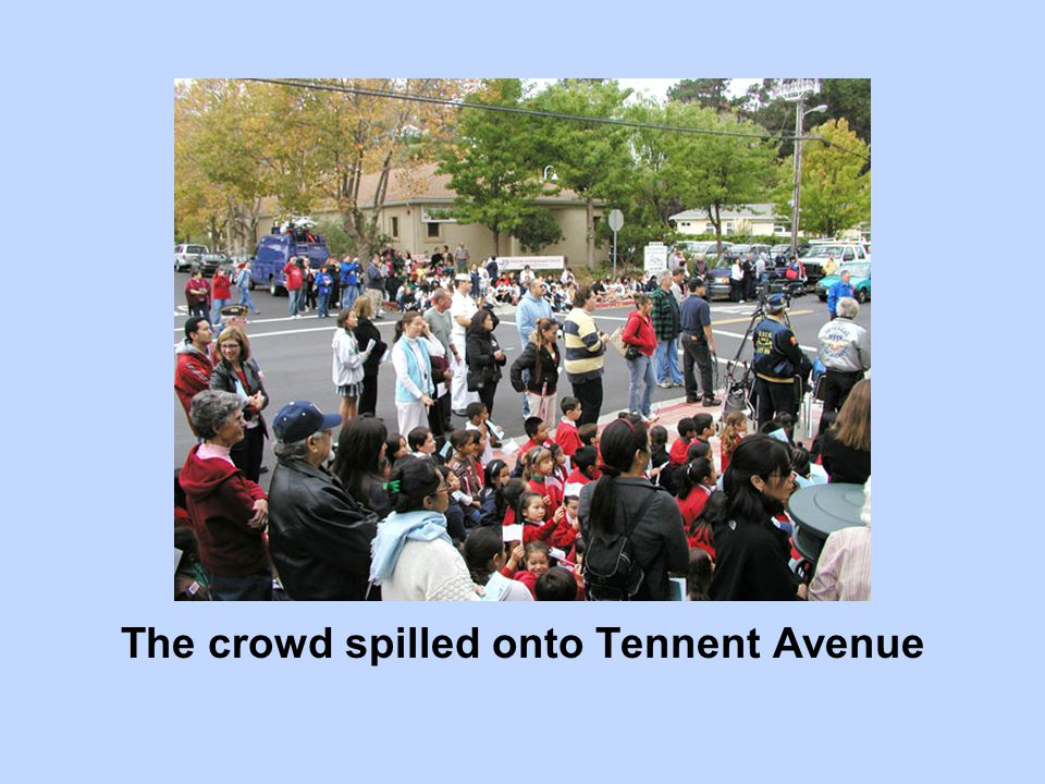 The crowd spilled onto Tennent Avenue