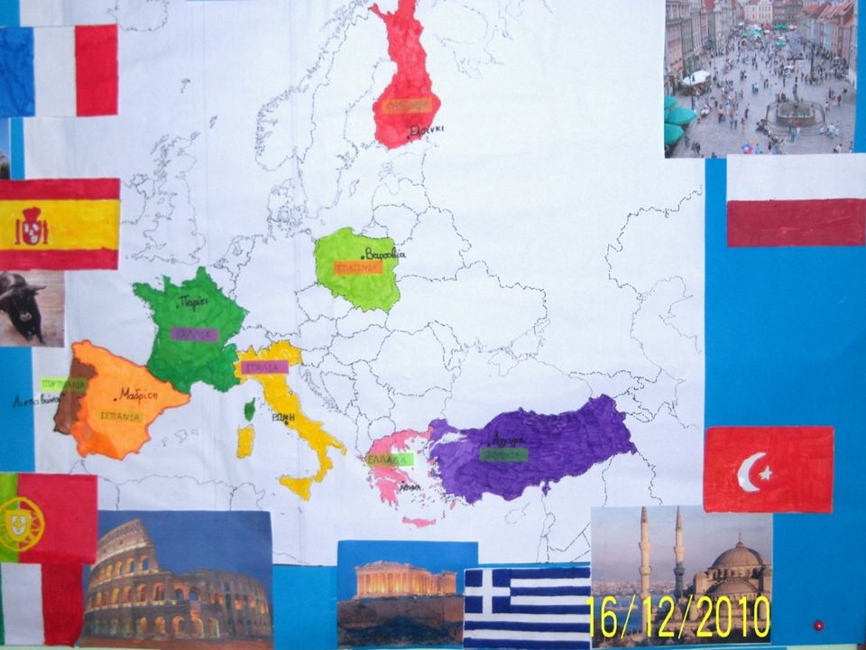 Greek Flag Population: 11.000.000 Area:132.000 Km 2 2 Its economy is based on agriculture and tourism.
