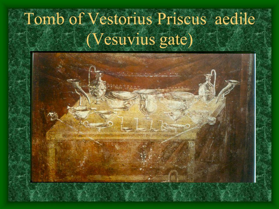 Tomb of Vestorius Priscus aedile (Vesuvius gate)