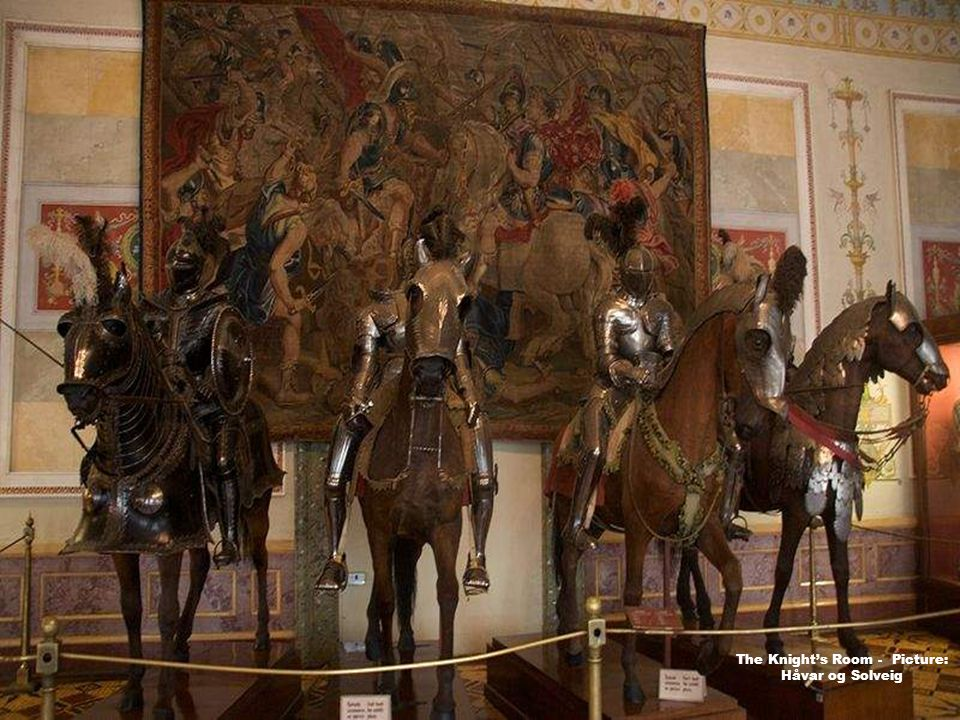 Armorial Hall - Picture: Andree & Edward