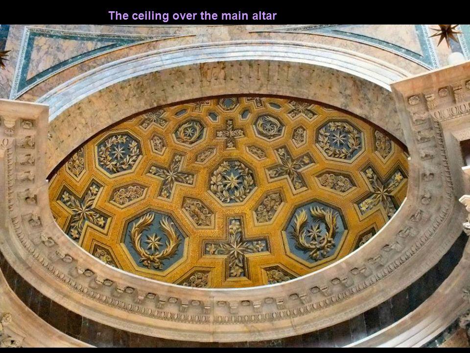 High Altar Pantheon – The high altar