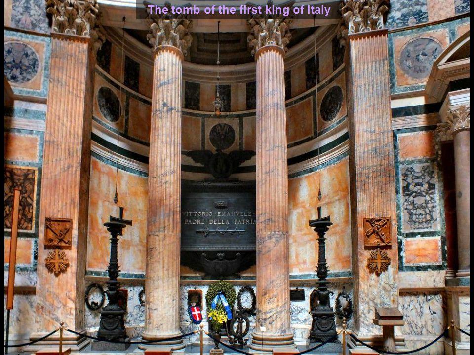Pantheon – The high altar