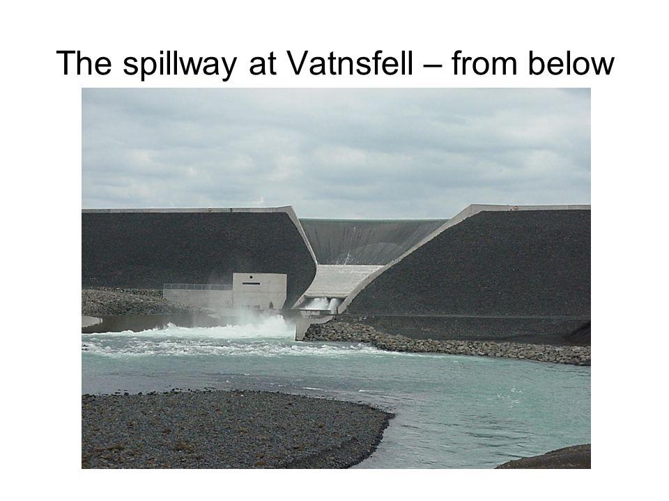 The spillway at Vatnsfell – from below