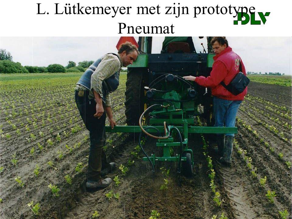 © DLVPagina 24 L. Lütkemeyer met zijn prototype Pneumat