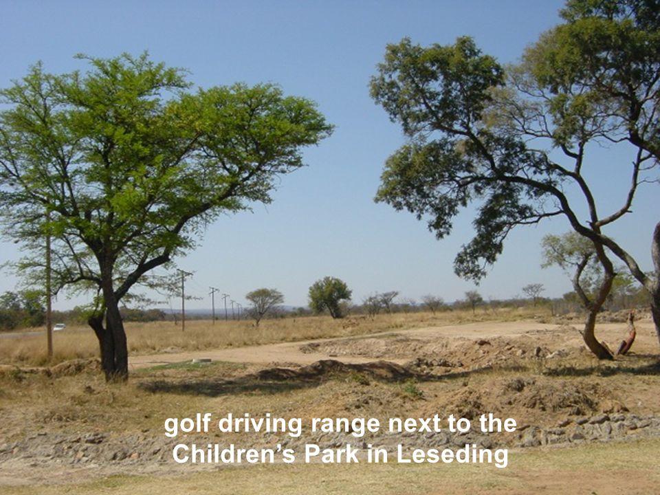 golf driving range next to the Children's Park in Leseding