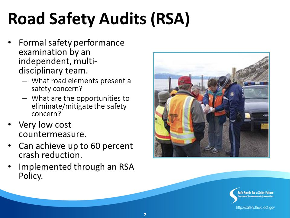 RSA Resources Road Safety Audits/Assessments Training NHI Course 380068 RSA Peer-to-Peer Program (866) P2P-FHWA SafetyP2P@dot.gov FHWA Road Safety Audit Web Page http://safety.fhwa.dot.gov/rs a/ FHWA Office of Safety Staff Becky Crowe rebecca.crowe@dot.gov 804.775.3381 FHWA Resource Center Craig Allred craig.allred@dot.gov 720.963.3236 8