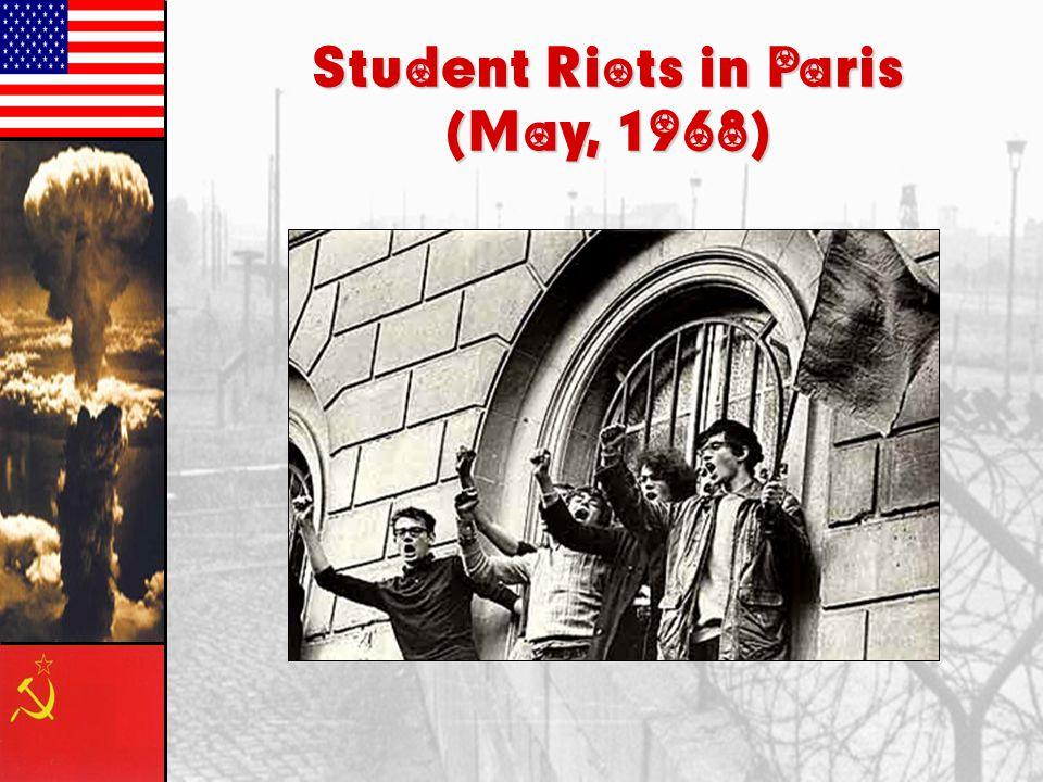 DeGaulle's Achievements 1.Settled the Algerian Crisis.